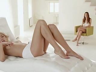 True model between charming lezzies